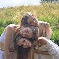 3 głowy rusałek wodnych #głowy #ludzie #girl #dziewczyna #people water #rusałka #natura #nature