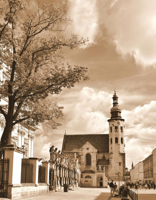 Kraków - idąc ulicą Grodzką
