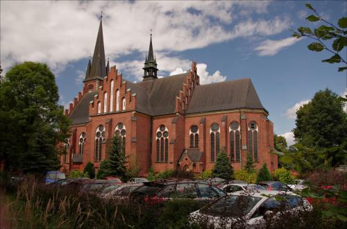 Rabka- Zdrój (informacje nt. kościoła: http://parafia.rabka.swmm.eu/historia.php)