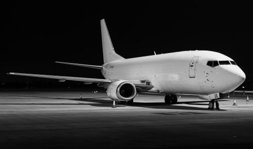 Albinos nocą. Boeing 737 w wersji B/W